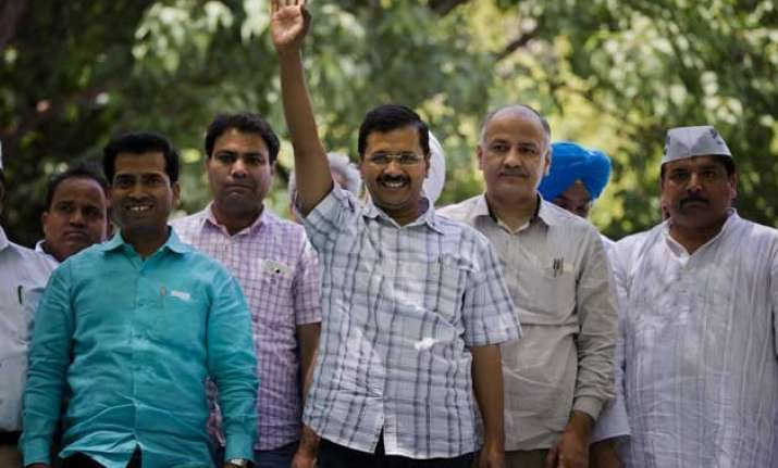aap govt decides to build memorial of gajendra singh