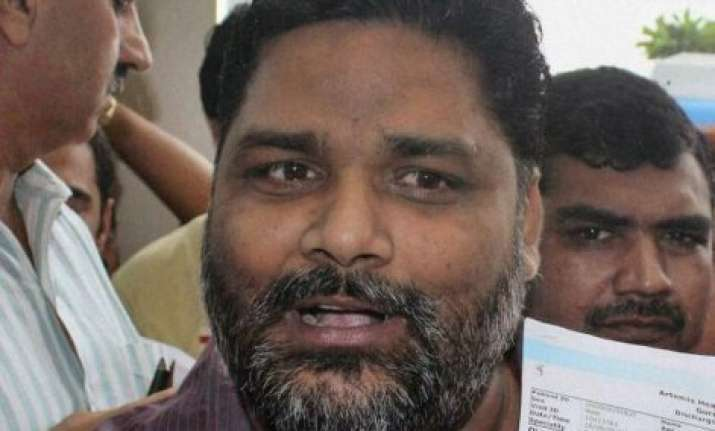 bihar pappu yadav to launch stir against doctors from monday