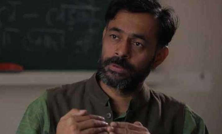yogendra yadav denies rift within aap terms media reports