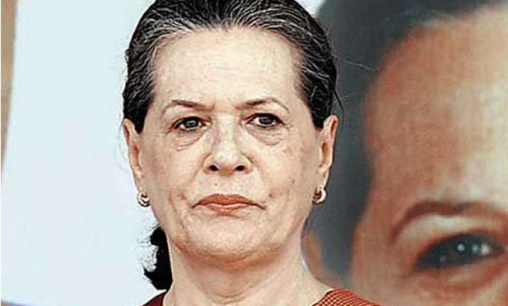 maharashtra polls sonia gandhi accuses bjp of spreading