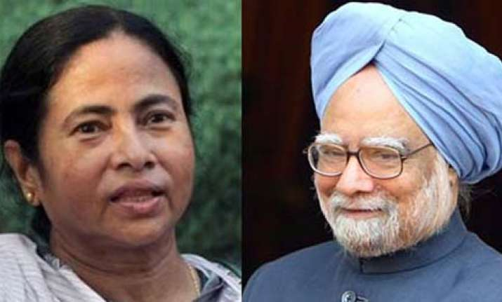 mamata favours discussion on 2g spectrum in parliament