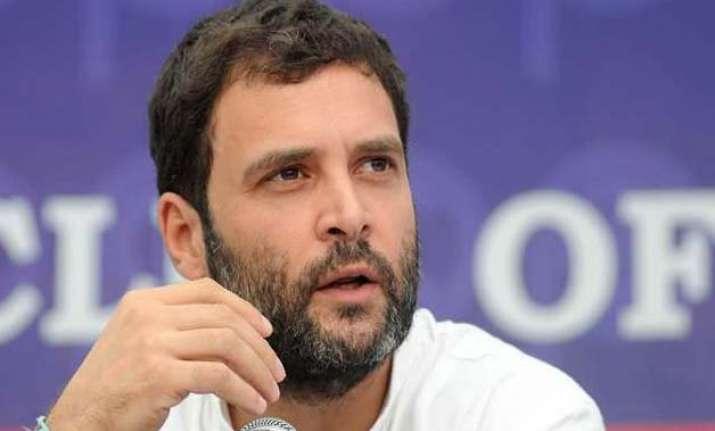 delhi police visits rahul gandhi s residence congress locks