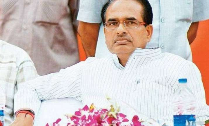 not right to link every death with vyapam scam says shivraj