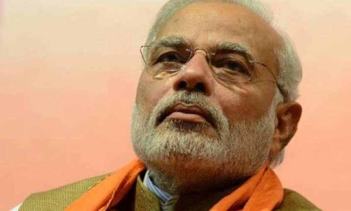 pm narendra modi condoles demise of renowned journalist mv