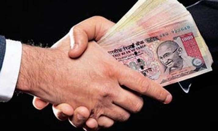 govt to amend ipc to criminalize bribery in private sector