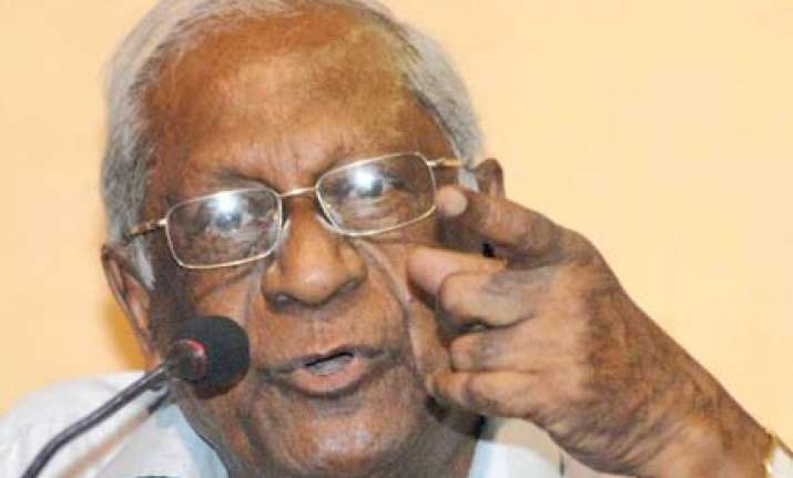 cpi blames rajiv for allowing anderson to leave india