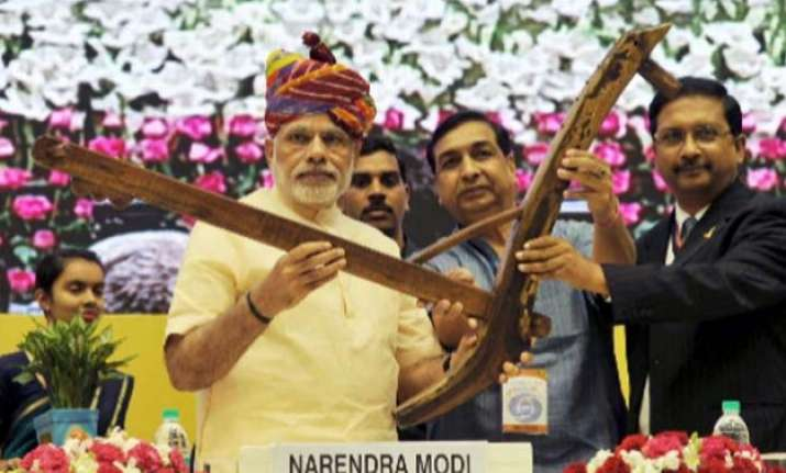pm modi launches dd kisan channel calls for big change in