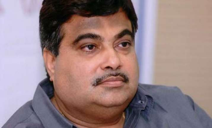 gadkari says upa govt failed on all fronts