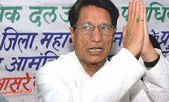 ajit singh demands obc status for jats in central list