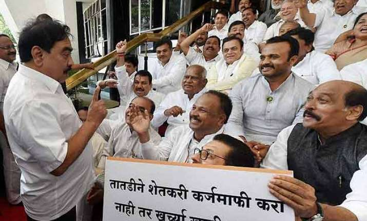maharashtra opposition firm on loan waiver demand to
