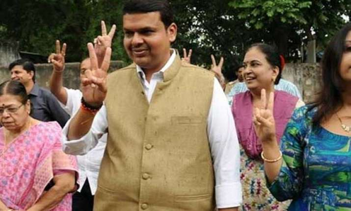 celebrations in nagpur after fadnavis picked for maha cm