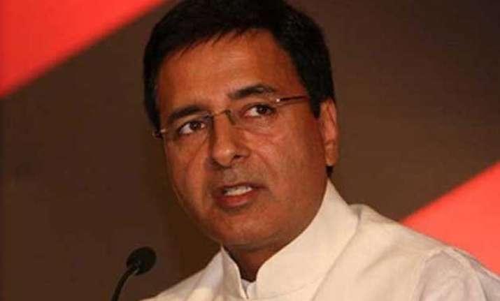 congress targets modi after bjp takes jibe at rahul gandhi