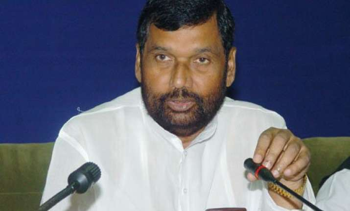 patna stampede ram vilas paswan blames bihar government for