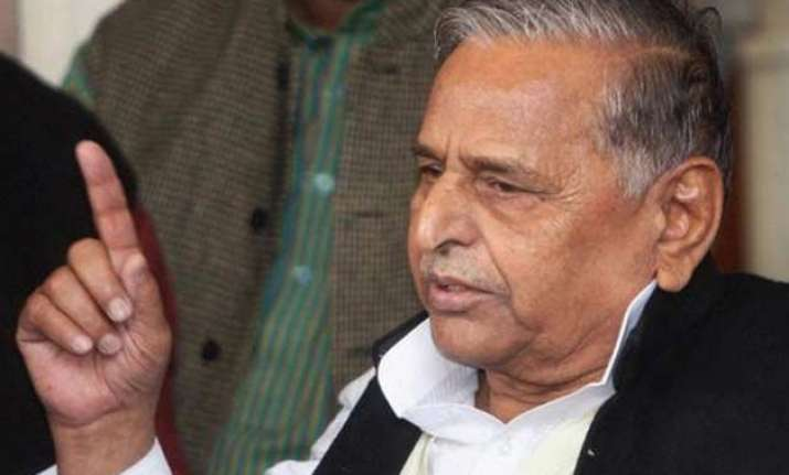 ips officer files police complaint against mulayam singh