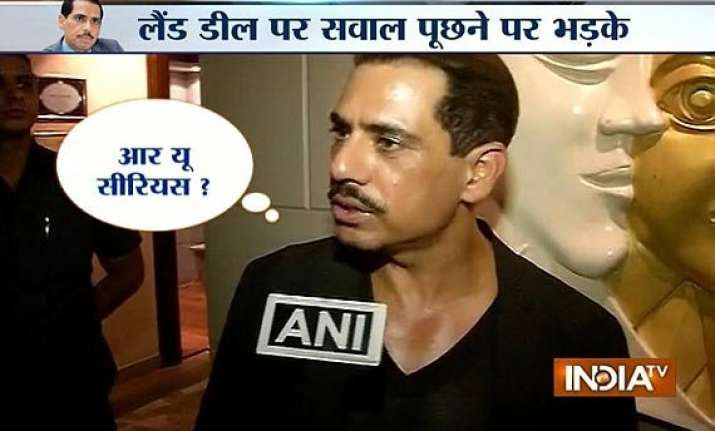 robert vadra loses cool snaps at a reporter