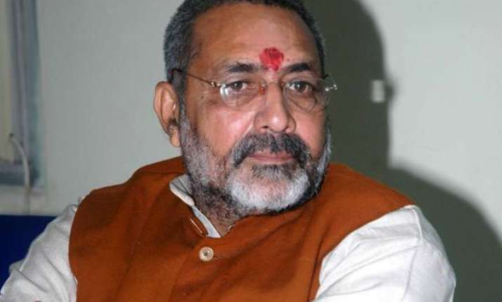 upper caste can t become bihar chief minister giriraj singh