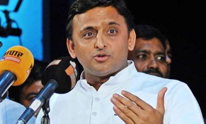new look of up cm s akhilesh ministry 20 ministers take oath