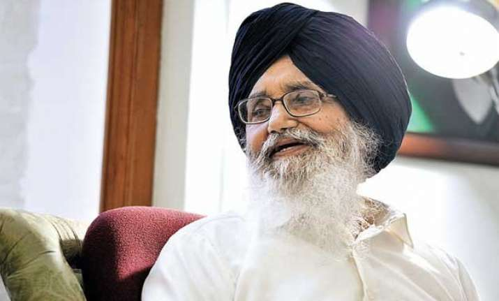 parkash singh badal seeks rs 10 000 per acre compensation