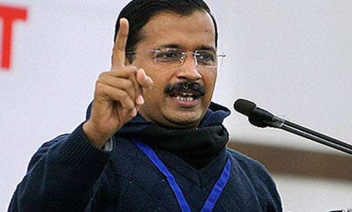 kejriwal announces annual fare revision sops for auto