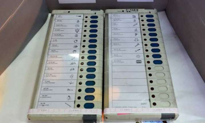 j k polls most political parties to go it alone