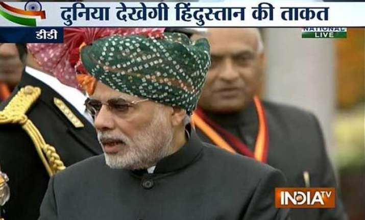pm modi wears colourful rajasthani turban for r day