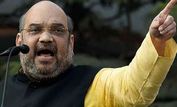 amit shah sounds nda s poll bugle in bihar with parivartan