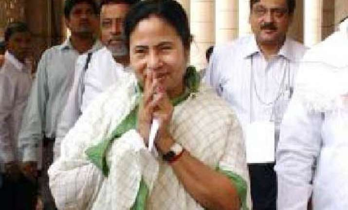 everyone can protest mamata on citu strike over fuel price