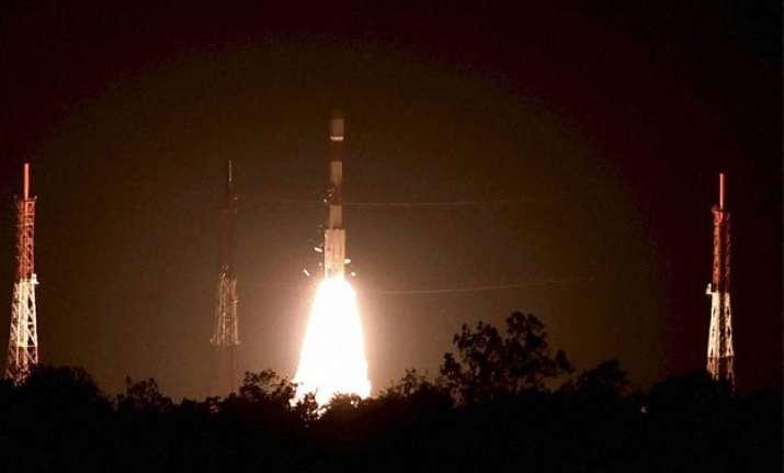 pm modi congratulates isro for successful launch of pslv c28