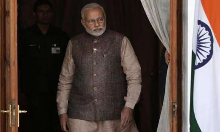 pm modi firm on changes in land acquisition act amit shah