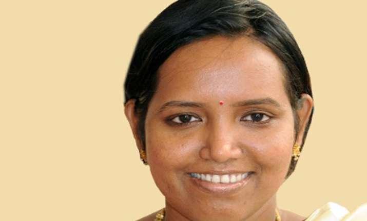 mla varsha gaikwad appointed as senior vp of mumbai congress