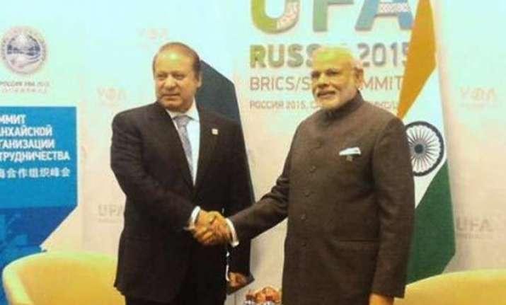 pm modi accepts nawaz sharif s invitation to visit pakistan