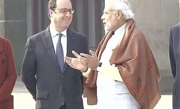 live pm modi hollande address india france business summit