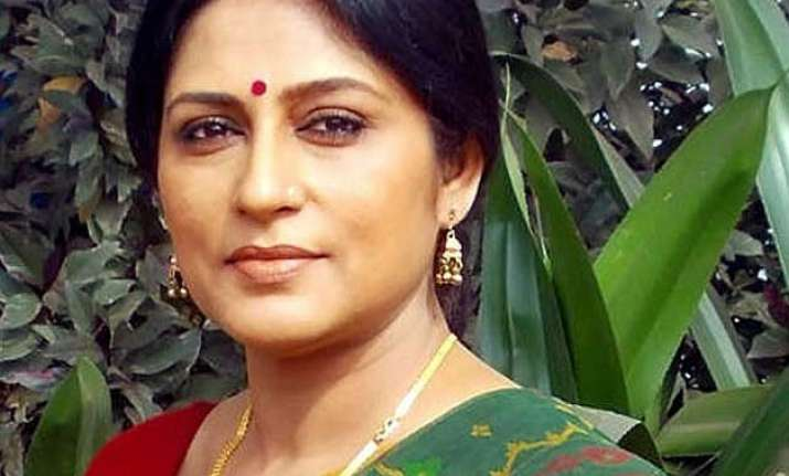 bjp leader rupa ganguly alleges attack by tmc supporters
