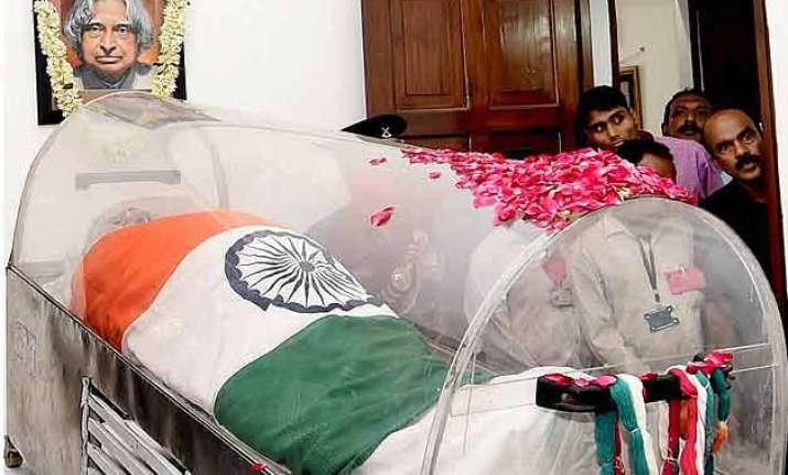 in pics nation pays tribute to people s president apj kalam