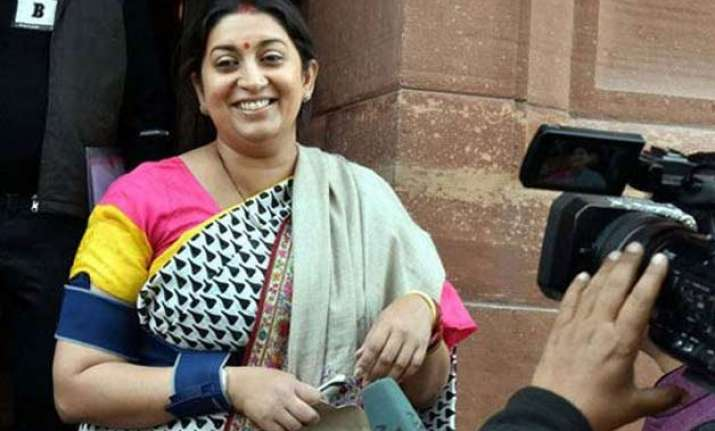 smriti irani to visit amethi tomorrow
