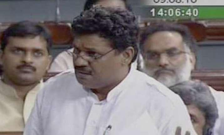 bjp slams upa for irregularities in cwg preparation