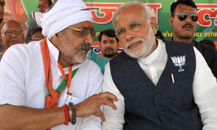 giriraj singh denies meeting pm modi breaking down after