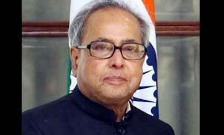 pranab defends mamata on her position on azad s killing