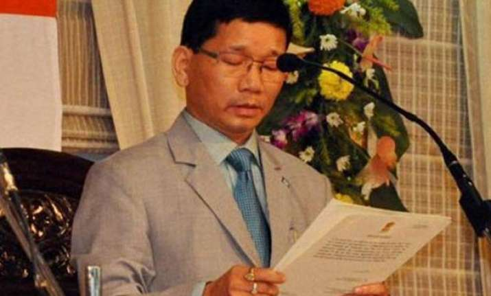 kalikho pul wins crucial floor test to remain cm of