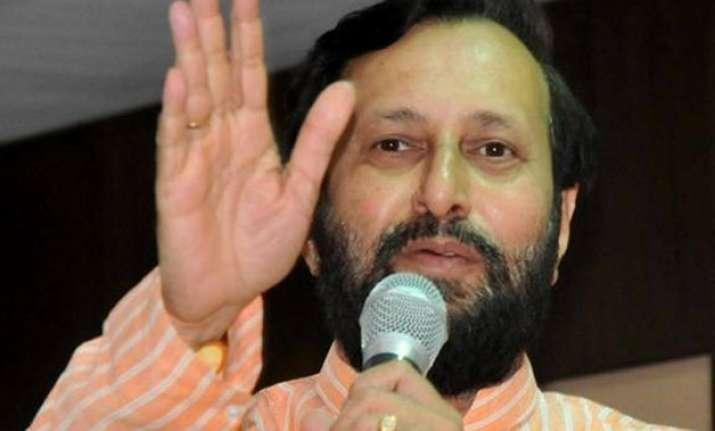 prakash javadekar lambasts sonia gandhi calls congress most