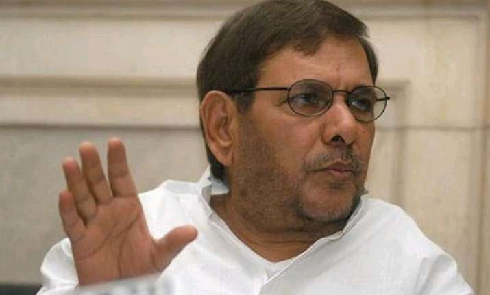 sharad yadav demands introduction of voter receipts