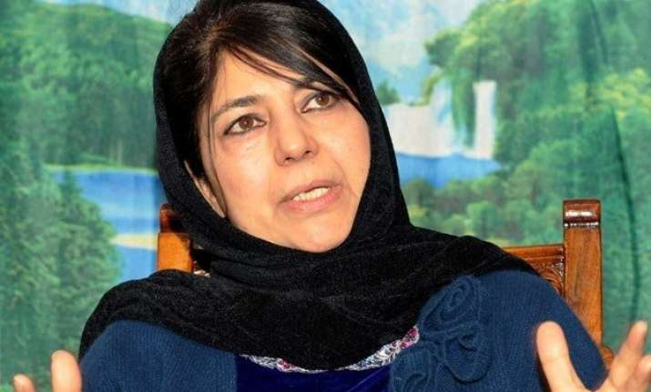 j k stand off mehbooba to meet senior partymen today may