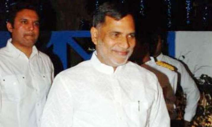 bombay high court seeks probe reports on kripashankar singh