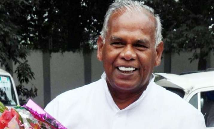 manjhi promises action trashes dummy cm tag