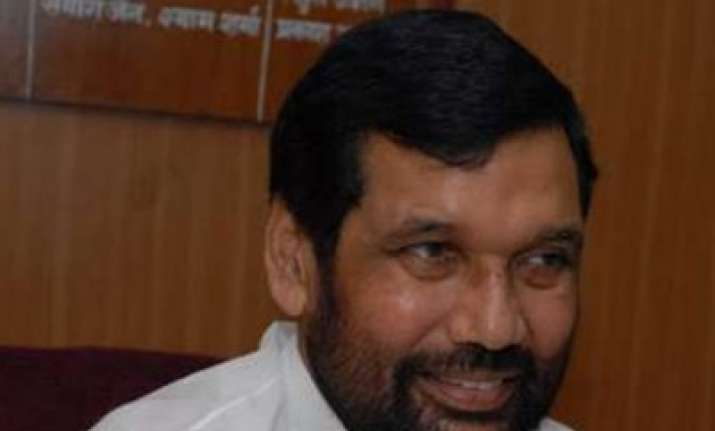 patna stampede paswan demands independent fair probe