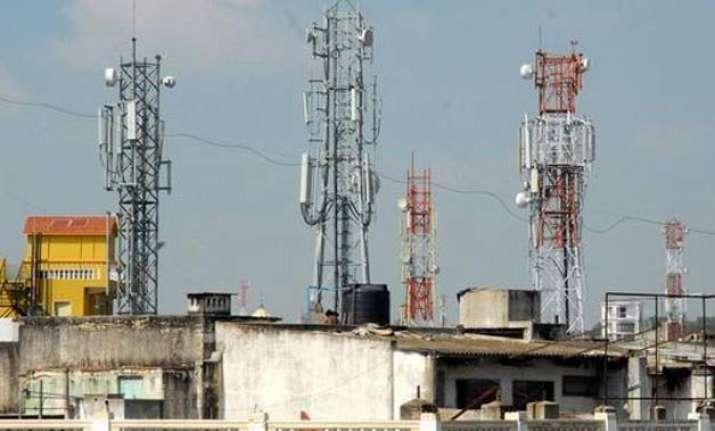 fadnavis orders removal of illegal mobile towers from the