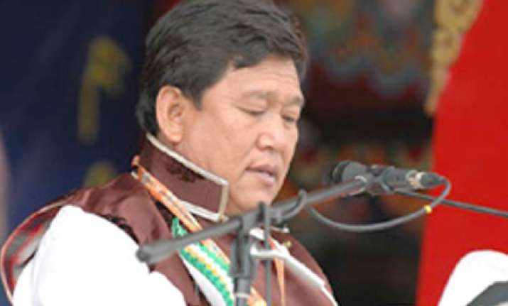 cong in arunachal wants more surveillance on china