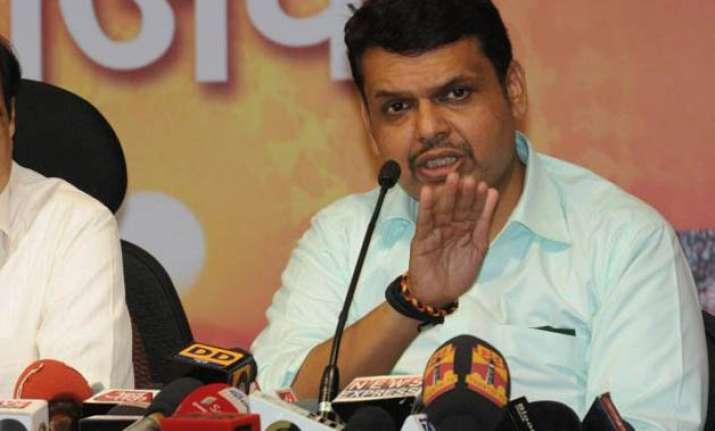 maharashtra govt to formulate road safety policy fadnavis