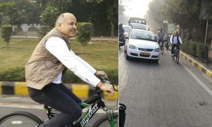 odd even plan even numbered cars roll on day 2 sisodia