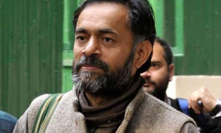 not quitting will continue to work for aap yogendra